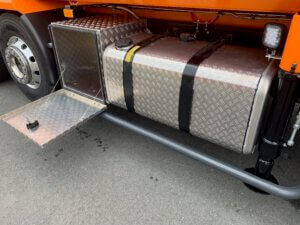 Baumpflege / Muldenfahrzeuge Volvo Details-2 orange