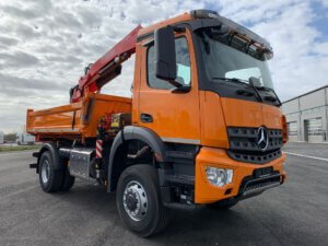 LKW Pavic - Kran Kipper Fahrzeuge - Mercedes orange Front